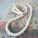 白珊瑚の3連ねじりネックレス/約3〜4ミリ/58センチ/真鍮/『宝石サンゴ』