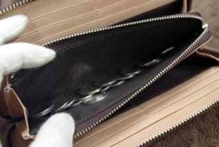 【送料無料】超希少!贅沢一枚革《後ろにポケットなどの接ぎ目がありません!》コードバン×本ヌメ革ラウンドファスナー長財布【RCP】10P31Aug14