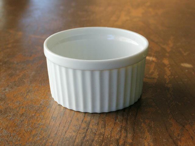 白磁スフレ8.9cm