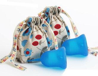 斯昆杯 W 包 () 保存共用有用,朋友,買了兩個。 在生理活動順利進行。 為生理月經杯顏色容易使用衛生棉條或在第三新衛生巾衛生用品日本婦女︰ 冥想 (藍色)