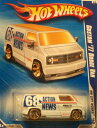 【送料無料】【Hot Wheels 2010-117/240 HW City Works 09/10 Custom 039 77 Dodge Van 68 Action News 1:64 Scale】 b0047m0p2u