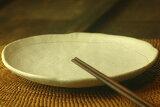 【粉引】錆彩取り皿