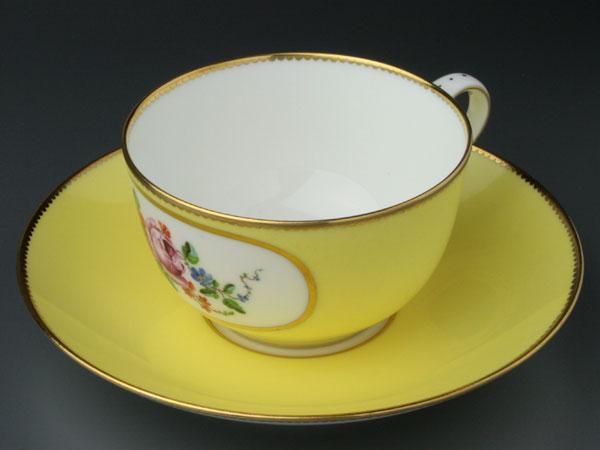 セーブルティーカップ彩色地花紋様J1超希少洋食...の紹介画像2