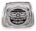 笑うセールスマンの灰皿 黒 もぐろふくぞうの顔がリアルです。