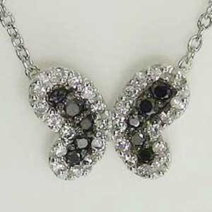 ダイヤモンド ブラックダイヤモンド ペンダント ネックレス K18WG ホワイトゴールド チェーン付41cm【RCP】 バタフライモチーフのシックなペンダントネックレスです。多様なスタイル
