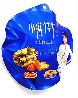 横浜中華街黄老五小滋佳仁五果酥(ミックスナッツ菓子)90g、個包装タイプ、好吃不過黄老五・中華名物・