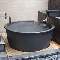 信楽焼 和風 おしゃれ 丸型直径1300 × 高さ600ミリ 浴槽ロクロ成型タイプ 陶器浴槽 陶器風呂 つぼ湯 つぼ風呂 風呂釜 風呂桶 しがらきやき バスタブ 釜風呂 ふろ