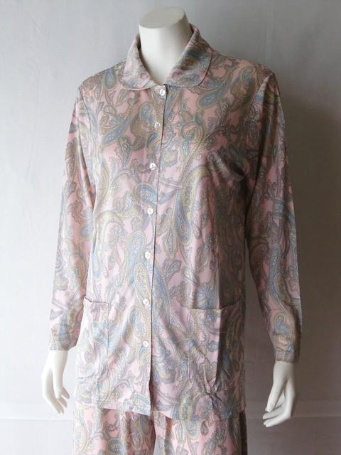シルクニットパジャマ衿付き前開き【ピンクペーズリー】シルクのしっとりさらさら感がたまらない♪