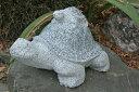 【送料無料】【粗彫り】 石の親子亀仲良し二段親子亀石の彫刻品♪玉砂利や庭石の上などにもピッタリ♪【亀のオーナメント】