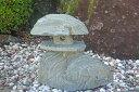 【送料無料】天然素材を生かした青石灯篭【7】自然石の良さを残した青石灯篭です^^高さ45cm