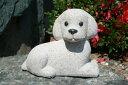 【送料無料】トイプードル犬[錆石](寝そべり型)【石の置物・オーナメント】