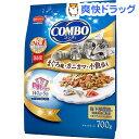 コンボ 猫下部尿路の健康維持 まぐろ味 カニカマ 小魚添え(140g 5袋入)【コンボ(COMBO)】