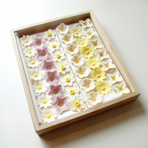 落雁 偲ぶ ひなそう、黄菊、白山吹、水仙、桔梗、白菊...:sousaku-you:10000100