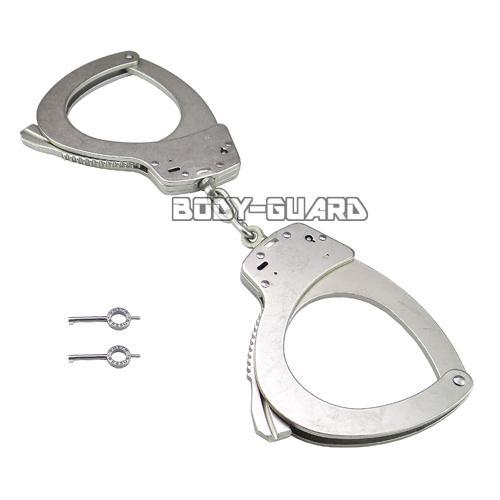 S&Wスミス&ウェッソン手錠M110LサイズニッケルS&Wスミス&ウェッソン手錠ハンドカフファッショ