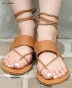 サイズ ヒールの高さ 1cm 全体の高さ 7cm 素材 合皮など 重さ 約351g メール便 不可 生産国 中国 モデル身長 165cm 【靴のサイズ】 36(約23センチ) 37(約23.5センチ) 38(約24センチ) 39(約24.5センチ) ※目安ですので、 サイズ選びの参考に なさって下さい。 サイズの図り方について ガイド サンダル シューズ 靴 summer サマー 夏 春 レディース アパレル ファッション オフィス カジュアル 大人 女性 ファッション style unstyle luxeO U T L E T ご 購 入 前 に 必 ず ご 確 認 下 さ い こちらの商品には下記のような理由や不具合がある訳あり商品となります。 型落ち商品の為 上記が主な理由となります。売り切り商品の為、 ご注文後のキャンセル・返品・交換はお受け出来かねます。 必ず上記の注意点をご了承の上、ご注文ください。 再入荷については メルマガでお知らせしております。 ご登録はこちらより