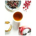 スキティー ラズベリーラッフル〈リーフ〉ラズベリーの果実の甘みとほのかな酸味に、ココナッツのクリーミーな甘さがセイロンティーと相性がよく、絶妙な味わい。すっきりとした飲み口ですが、芳醇なチョコレートが香り立つので、紅茶だけでも美味しく召し上がれます。