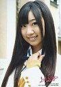 【b0426】【中古】生写真(AKB48・SKE48)/アイドル/NMB48肥川彩愛/バストアップ/左手首元/白シャツ・ネイビーのリボン・黄色のニット・白ジャケット/上からマリコ初回特典【10P18May12】【画】