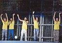 【エントリーでポイント10倍!(7月11日01:59まで!)】【中古】生写真(ジャニーズ)/アイドル/嵐 嵐/集合(5人)/横型・全身・Tシャツ黄色・手上げ・センター櫻井左手マイク・ライブフォト/SUMMER TOUR 2007 FINAL Time-コトバノチカラ-