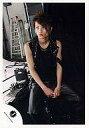 【中古】生写真(男性)/アイドル/KAT-TUN KAT-TUN/田中聖/膝上・衣装黒・座り・背景室内/公式生写真【10P11Jun13】【画】