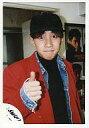 【中古】生写真(男性)/アイドル/SMAP SMAP/中居正広/バストアップ・ジャケット赤・帽子黒・右手親指立て・後ろに写真/公式生写真【10P06may13】【fs2gm】【画】