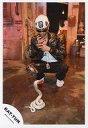【中古】生写真(男性)/アイドル/KAT-TUN KAT-TUN/田中聖/全身・しゃがみ・衣装黒・帽子・ヘビ/公式生写真【10P24Jun13】【画】