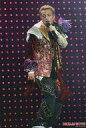 【中古】生写真(男性)/アイドル/KAT-TUN KAT-TUN/田中聖/ライブフォト・全身・衣装赤.金・左手マイク・ライトピンク・2Lサイズ/DREAM BOYS【10P24Jun13】【画】