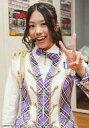 【エントリーでポイント10倍!(9月26日01:59まで!)】【中古】生写真(AKB48・SKE48)/アイドル/NMB48 沖田彩華/上半身・衣装白.紫・左手ピース/紅白歌合戦出場記念 キャンペーン 生写真
