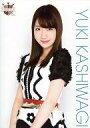 【中古】生写真(AKB48 SKE48)/アイドル/AKB48 柏木由紀/上半身 衣装白.黒 花柄/AKB48 CAFE & SHOP限定 A4サイズ生写真ポスター 第65弾