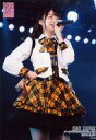【中古】生写真(AKB48・SKE48)/アイドル/AKB48 達家真姫宝/ライブフォト・膝上・衣装白・黄色・黒・チェック柄・右手腰・左手マイク・右向き/AKB48 チーム4「手をつなぎながら」 ランダム生写真 2019.3.20【タイムセール】
