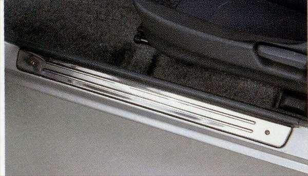 『ジムニー』 純正 JB23 サイドシルスカッフ ステンレス左右セット パーツ スズキ純正部品 ステップ 保護 プレート jimny オプション アクセサリー 用品