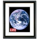 掛曆, 海報, 簡介 - [ライフ(LIFE)表紙] アース ポスター黒額縁/白マット/額裏に壁掛け金具付き400x360mm※額込みサイズアートポスター ラスタープリント仕上げ
