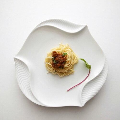 スーパーアウトレットサイクロン26cmプレート風ありパスタ皿日本製磁器白い食器丸皿業務用食器ホワイト