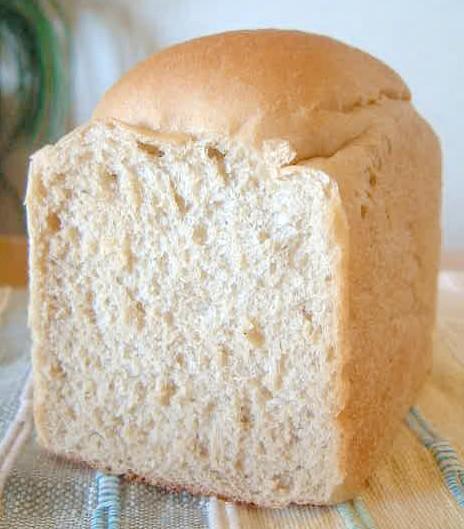 【デニッシュハウス】 無油石臼挽全粒粉パン 1斤
