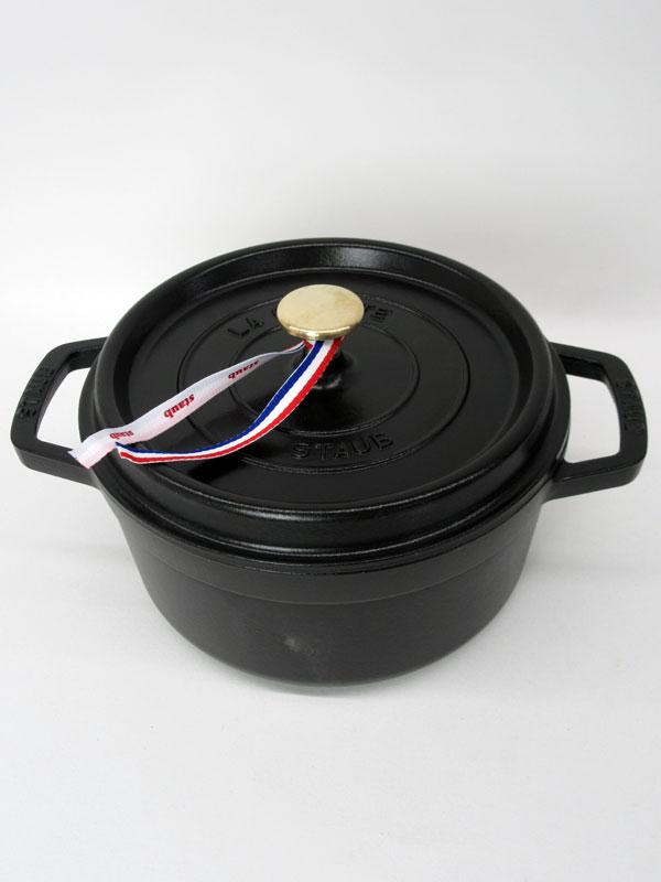 【staub】ストウブ『ココット ラウンド 22cm』40509-305 ブラック 2.6L IH対応 ホーロー鍋【中古】