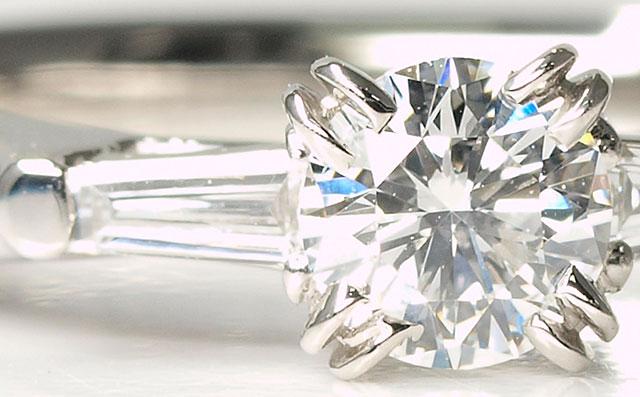 ダイヤモンド エンゲージリング(ご婚約指輪) Pt900(プラチナ900) 0.313ct, Fカラー, VS-1, VeryGood(ベリーグッド) 中央宝石研究所 【送料無料】 上品で繊細なデザインです。