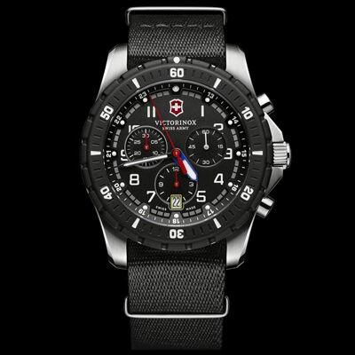 VICTORINOX Maverick Sport Chronograph 腕時計 241678.1 【送料無料】Maverick Sport Chronograph 腕時計