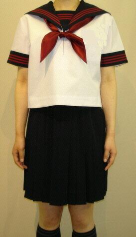 SH61夏半袖セーラー衿・袖口・胸当て紺 赤3本ライン