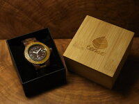 アーバンモデル木製腕時計(サンダルウッド&グリーンサンダルウッド)