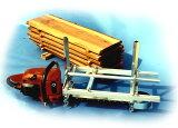 アラスカンMK III チェンソーで丸太の製材丸太 製材 チェーンソー チェンソー 現場 今だけ!