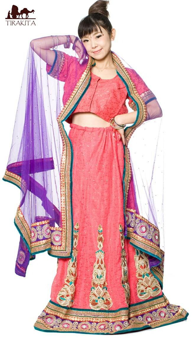 【1点物】インドのレヘンガ 【ピンク×パープル】 【送料無料&レビューで300円クーポン進呈&あす楽】 ドレス ウェディング レンガ サリー エスニック 衣料 服 ファッション アジア