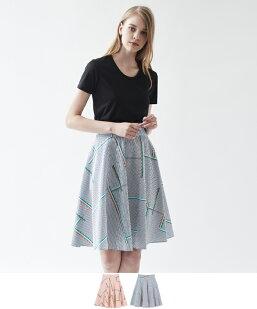 ランダムライン柄ストライプフレアスカート