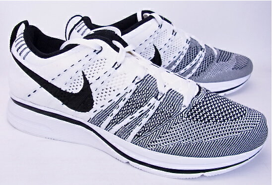 ... Nike Flyknit Trainer White Black