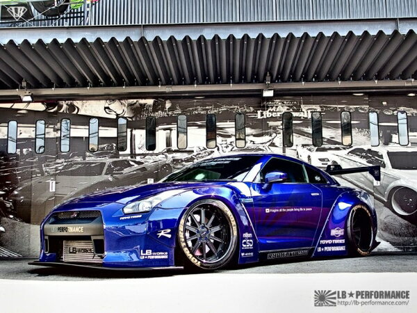 【ポイント3倍】 GT-R R35 LB-WORKS R LB☆WORS Wide Body Kit