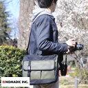 【ポイント2倍】 NOMADIC ノーマディック 撥水カメラショルダーバッグ 13L 男性用 メンズ カメラバッグ 一眼レフ ショルダー ミラーレス ナイロン 鞄 かばん バッグ