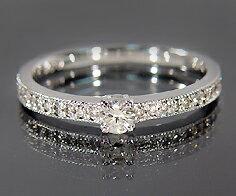 ダイヤモンド ピンキーリング