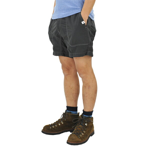 アンドワンダー nylon climbing short pants charcoal
