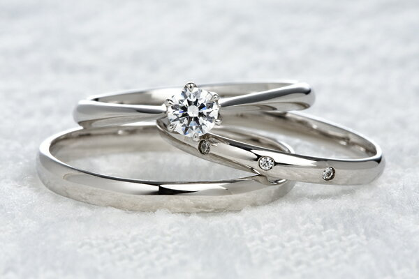0.2ct.ダイヤモンド婚約指輪(エンゲージリング)/結婚指輪(マリッジリング)3本セットPRF005-02(フリジヤ)【当店のオリジナル製品】