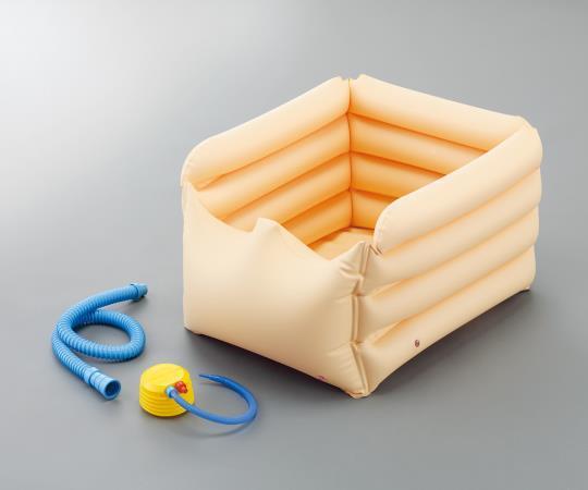 寝たまま足浴器・入浴関連・介護用品・健康用品・美容用品・ ロングタイプの足浴器ですので、ベッドの上でも膝下の足浴が可能です。