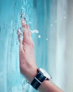 ダニエルウェリントン腕時計40mmDanielWellington腕時計ダニエルウェリントン時計クラシックローズゴールドシルバーCLASSIC40mmメンズ/レディース/男女兼用腕時計/オフホワイト[ファッション/人気定番][DW][送料無料][プレゼント/ギフト][あす楽]