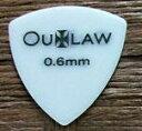 【ネコポス可能】OUTLAW《アウトロー》ピック[2370] デルリン 三角 0.6mm